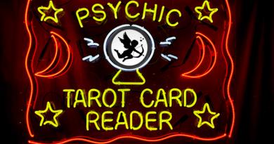 Προξενιό καρτών Ταρώ